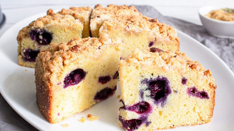 No flour or butter_ delicious blueberry pudding with few ingredients